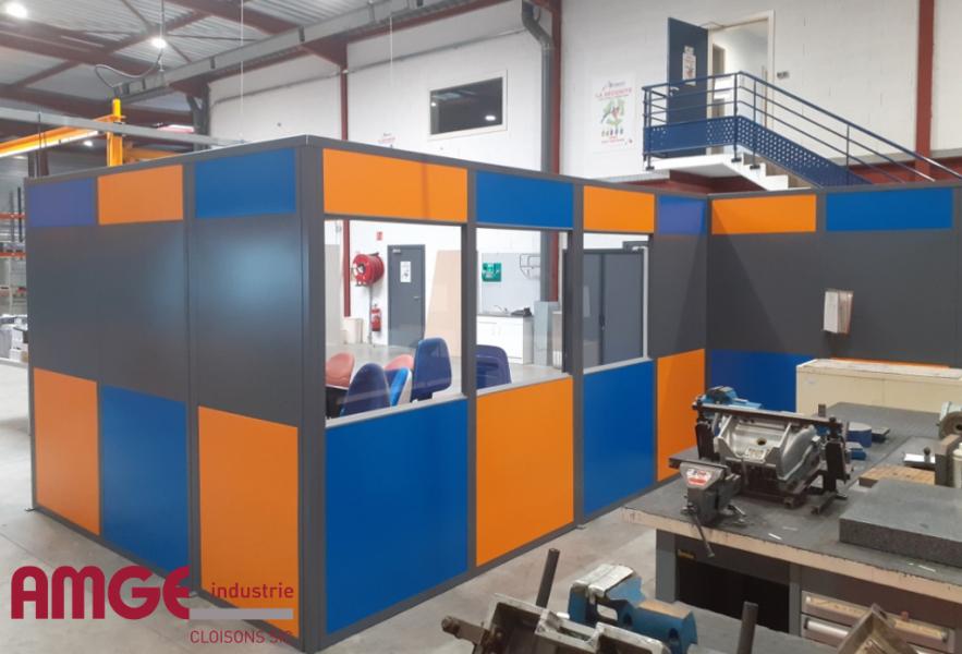 cloison amovible sur mesure et aux couleurs du client, une fabrication à la carte par AMGE industrie