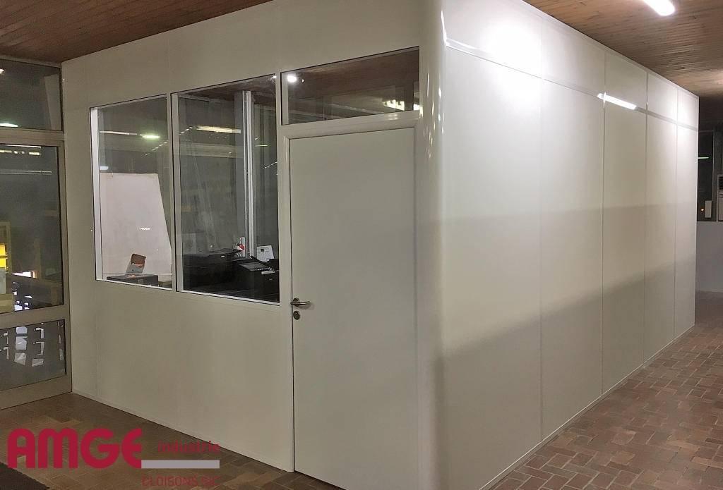 bureau en cloison aluminium UNIVERSALIA