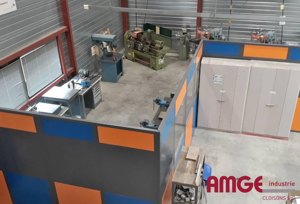 cloison industrielle autoportante adaptée à tous les environnements par AMGE industrie