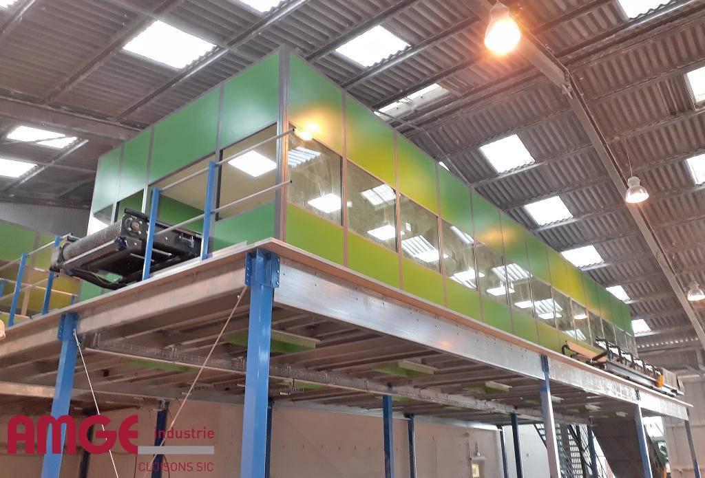 Cloison industrielle double paroi acier pour la réalisation de cabine de tri