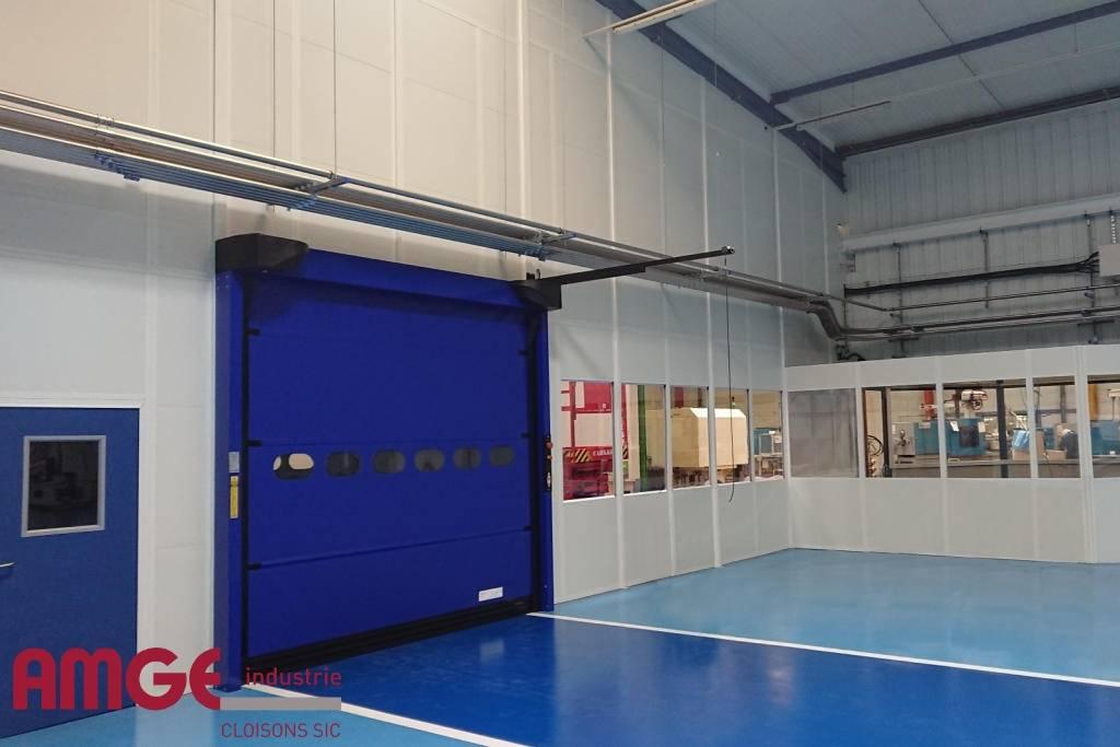 cloison amovible double afin d'isoler des locaux ou séparer des ateliers