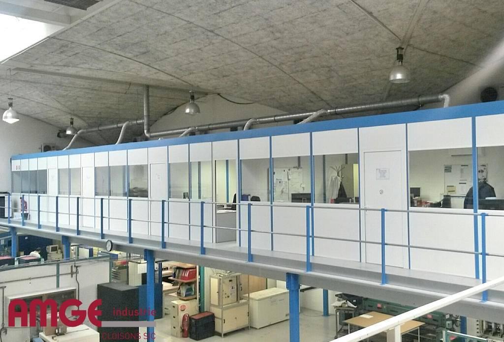 Bureaux modulaires sur mezzanine par AMGE industrie