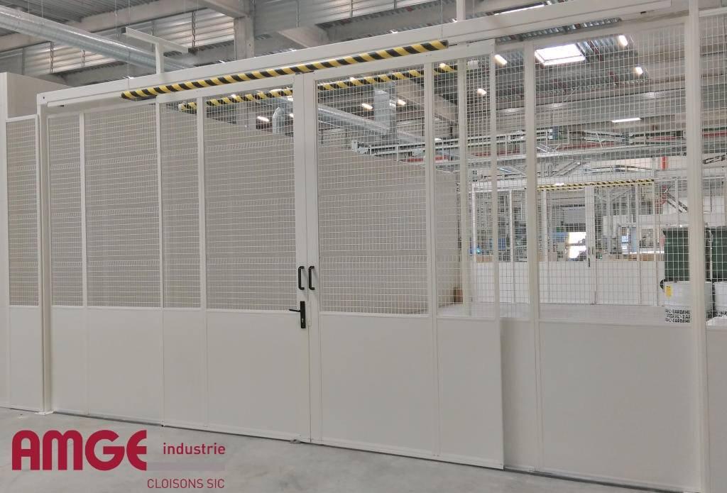 cloisons d'atelier semi-grillagées sur mesure par AMGE industrie