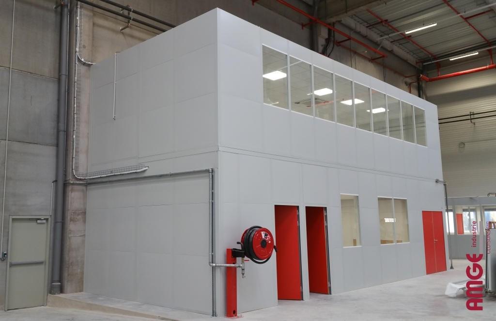 AMGE industrie cabine cabine d'atelier sur 2 niveaux avec plafond et électricité
