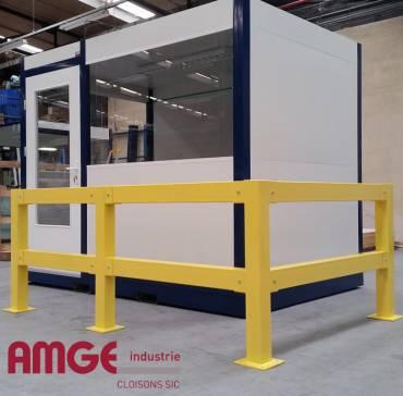 barrière de protection contre les chocs dans les ateliers